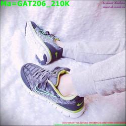 Giày thể thao nam màu đen phối với màu xanh lá trẻ trung GAT206