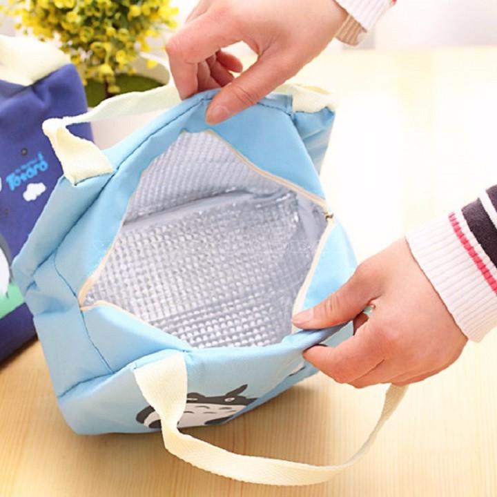 Túi giữ nhiệt hình Dorenon và Hello chấm bi 3