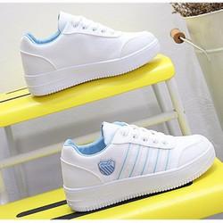 Giày Sneaker nữ sọc phong cách Hàn Quốc