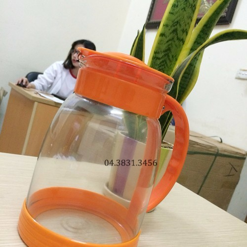 BÌnh đựng nước uống cho gia đình 2L