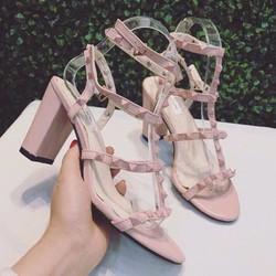 Giày Sandal đinh tán gót vuông - Hàng Siêu đẹp