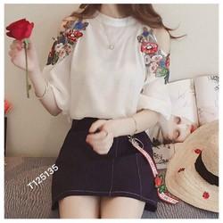 Áo kiểu thêu hoa
