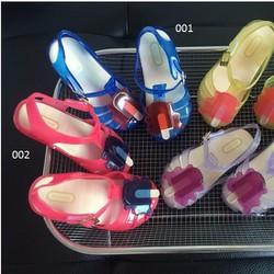 sandal nhựa trẻ em