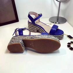 Giày sandal nữ thiết kế độc đáo cá tính mới