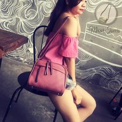 Túi cầm tay Mirror Towers màu hồng đào họa tiết xinh đẹp