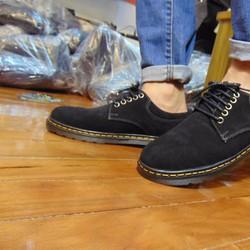 mẫu giày da lộn mới nhất dành cho nam