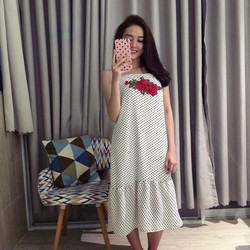Đầm Maxi chấm bi thêu hoa