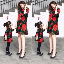 Sét đầm Mẹ và Bé suông in hoa 3D cẩm Chướng