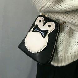 Túi đeo chéo hình chim cánh cụt độc đáo