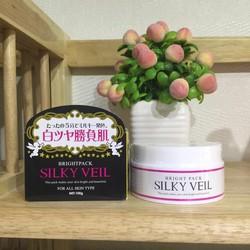 Kem dưỡng trắng da và trang điểm toàn thân Silky Veil
