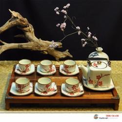 Bộ tách trà men kem vẽ đào đỏ Bát Tràng kèm khay và phụ kiện