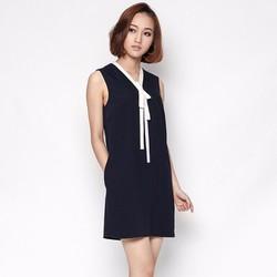 Đầm suông thiết kế cổ dây nơ