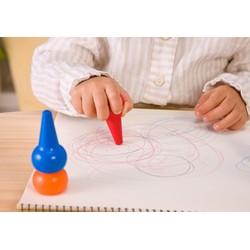 Bộ 12 bút sáp màu nén Baby Color Nhật bản