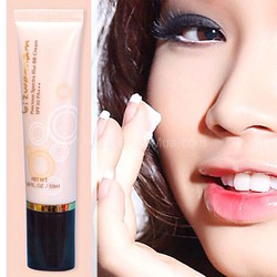 Kem trang điểm dưỡng da BB Cream chống nắng SPF 30 Bizwoman