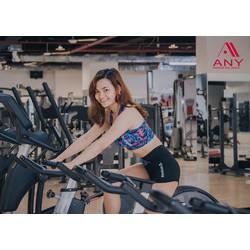Bộ thể thao ngắn nữ rê bóc quần áo tập gym