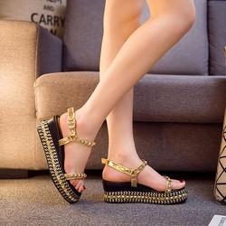 Giày Sandals Đế Xuồng Đinh Tán  Hàn Quốc
