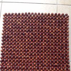 Đệm ghế văn phòng gỗ hương hạt 1.5cm