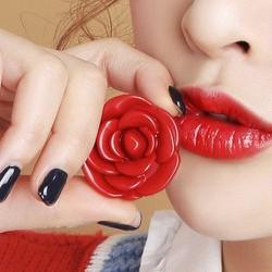 Son Dưỡng Hoa Hồng Pop Lip Có Màu
