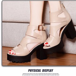 Sandal cao gót sành điệu