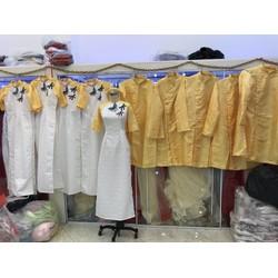 áo dài gấm cach tan bưng quả nam nữ vàng pha gấm chuồn chuồn