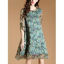 Đầm suông họa tiết lá cây