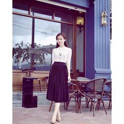 SÉT áo trắng ren kèm chân váy đen dập ly siêu sang