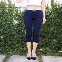 Quần kaki lửng nữ
