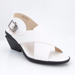 Giày xăng đan nữ gót vuông quai chéo 789 màu trắng
