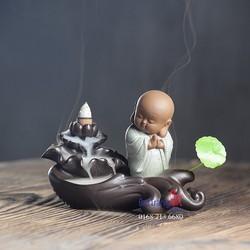 Thác khói trầm hương