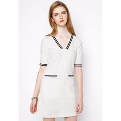 Đầm thun gân cổ V màu trắng
