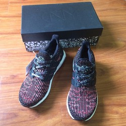 Giày thể thao nam UltraBoost Chinese New Year