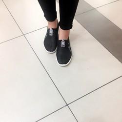 Giày thể thao lưới mùa hè nhẹ thoáng, không hôi chân