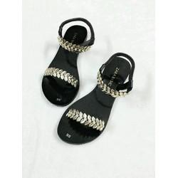 - Giày sandal xinh xắn cho nữ