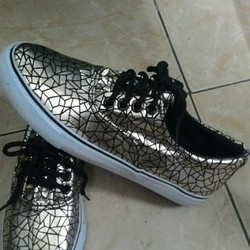 Giày nam đẹp sành điệu