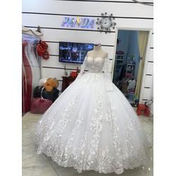 áo cưới tay dài chân ren hoành tráng giá mềm