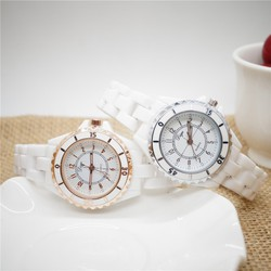 Đồng hồ đeo tay thời trang K1