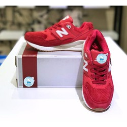 Giày New Balance đỏ