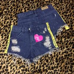 quần short jeans rách line chữ