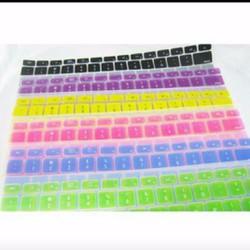 Miếng dán bàn phím silicon Macbook có chữ