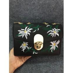 Túi xách thuê hoa cho nữ