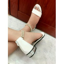 giày trân châu so hot