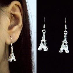 Bông Tai HÌnh Tháp Eiffel