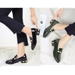 Giày loafer đính hạt châu