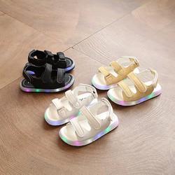Giày sandal bé trai style Hàn Quốc 2017 có đèn nhấp nháy