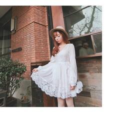 Đầm xòe phối ren công chúa