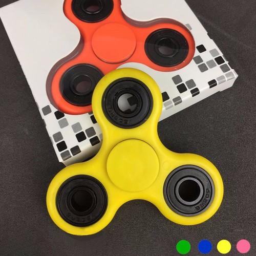 Con quay 3 cánh Fidget Spinner [HÀNG CHUẨN] - 4281404 , 5674692 , 15_5674692 , 39000 , Con-quay-3-canh-Fidget-Spinner-HANG-CHUAN-15_5674692 , sendo.vn , Con quay 3 cánh Fidget Spinner [HÀNG CHUẨN]