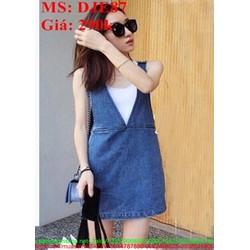 Váy yếm jean kiểu dáng đơn giản xinh đẹp DJE87