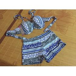 Set bikini 2 mảnh hoạ tiết kèm áo voàn cùng màu
