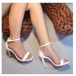 giày cao gót quai mảnh ngọc trinh