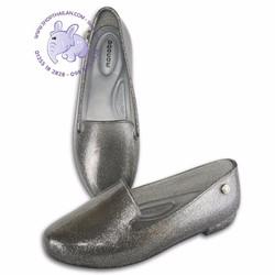 Giày nhựa nữ. Made in Thailand